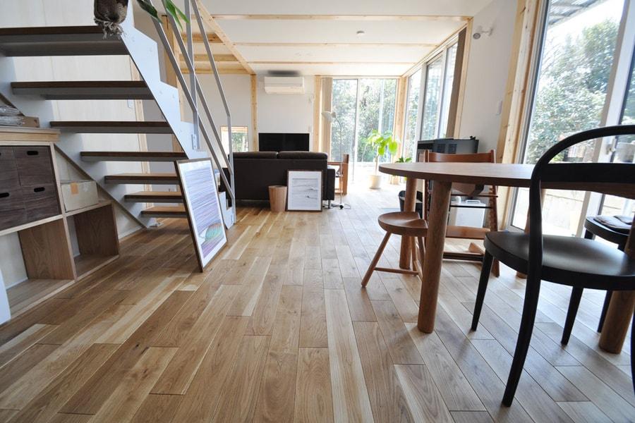 広葉樹木材北海道産楢フローリングの施工事例