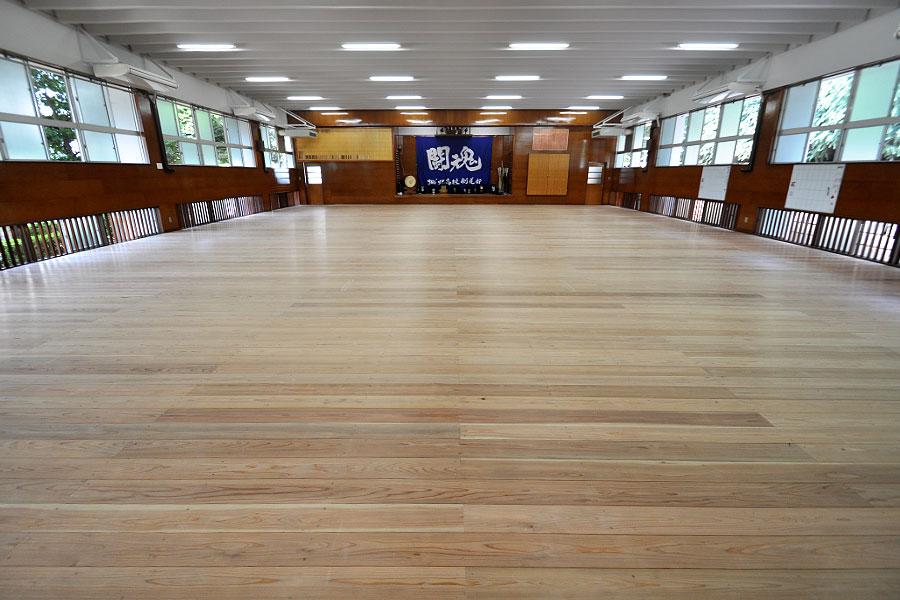 剣道場専用床材施工例 東京都 城北学園剣道場,杉
