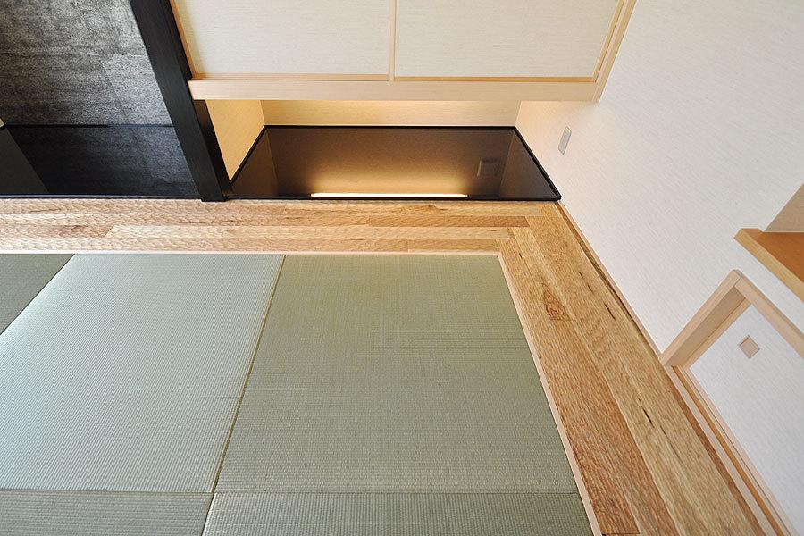 なぐり加工「五月雨」シベリアンウォールナット無垢床材(SW-12)施工例