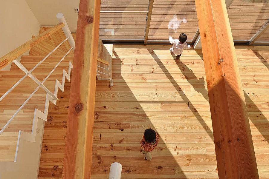 針葉樹木材テーダマリティムパイン無垢フローリングの施工事例